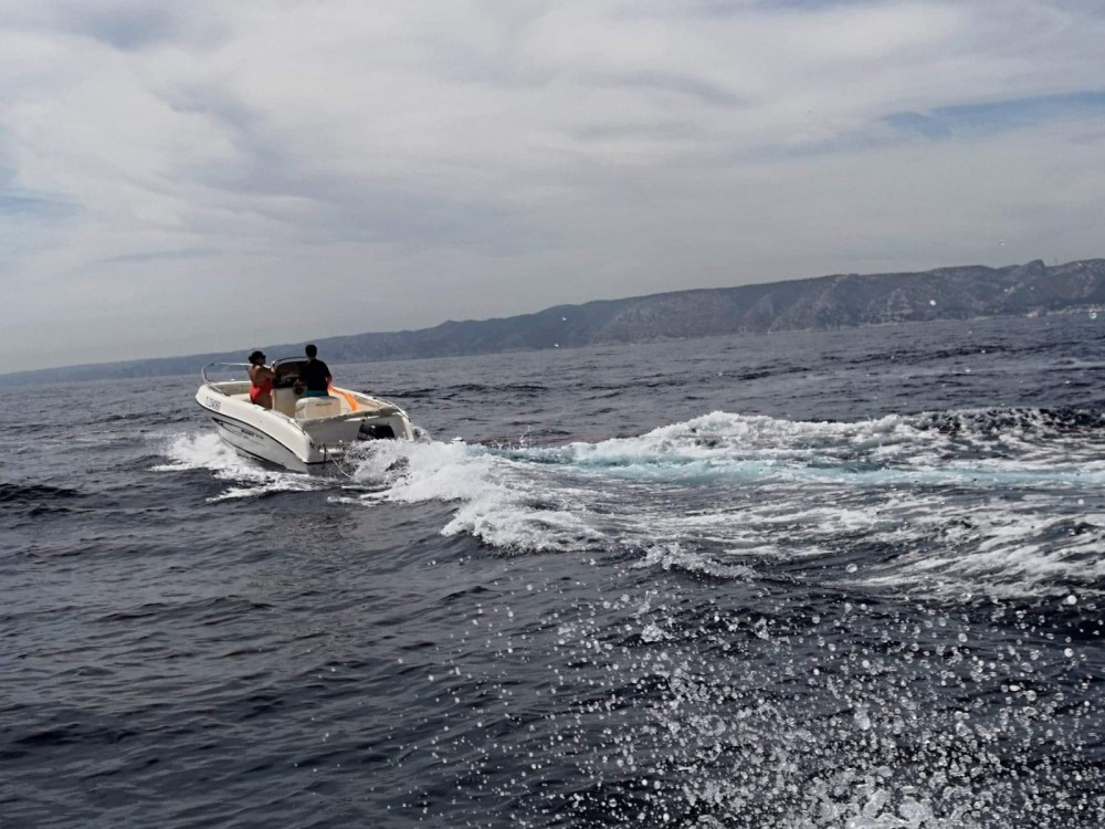 Jachthuur in Fos-sur-Mer - Mano Marine 19.5 via SamBoat