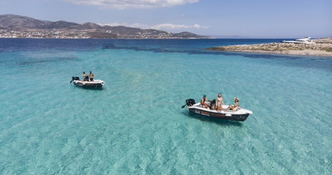 Jachthuur in Paros - The Sailor's Ride 450 via SamBoat