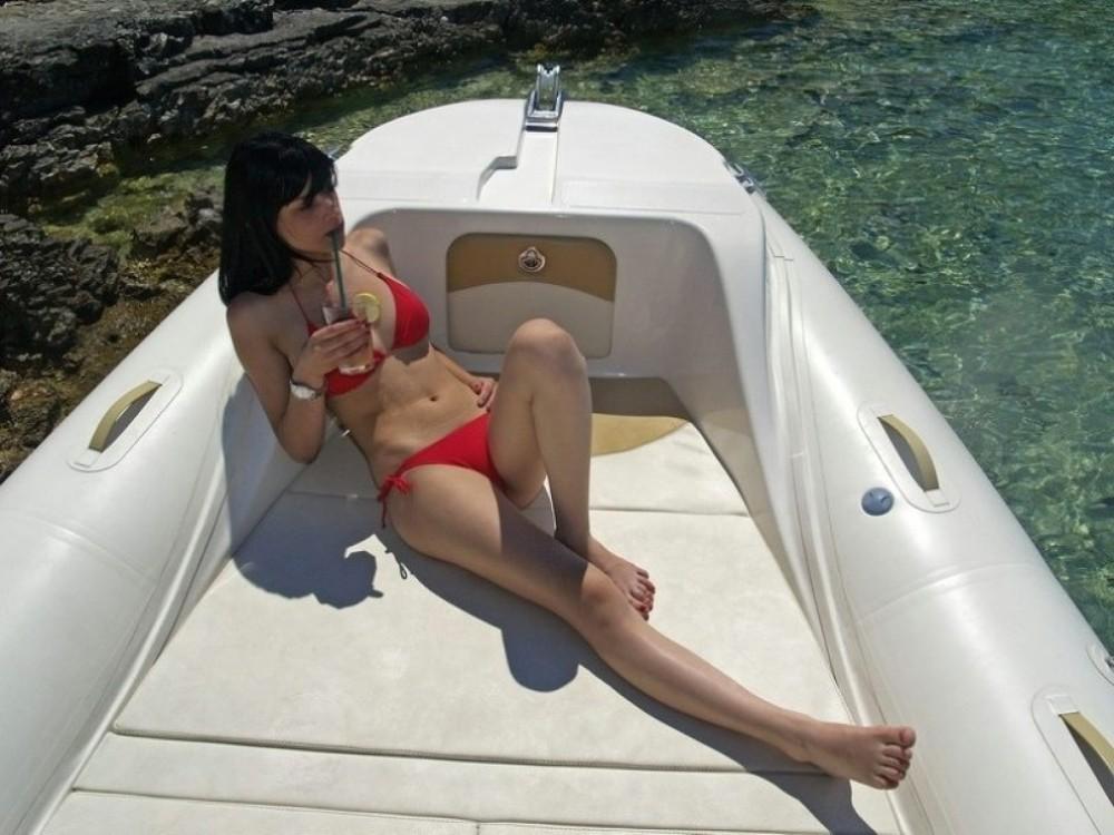 Jachthuur in Bol - Bsc 73 Ocean Charter via SamBoat