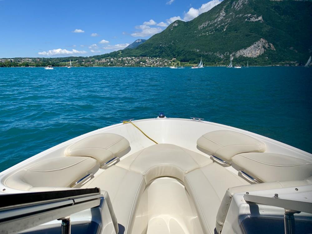 Motorboot te huur in Annecy voor de beste prijs