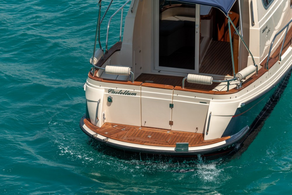 Verhuur Motorboot in Split - Damor Fjera 980