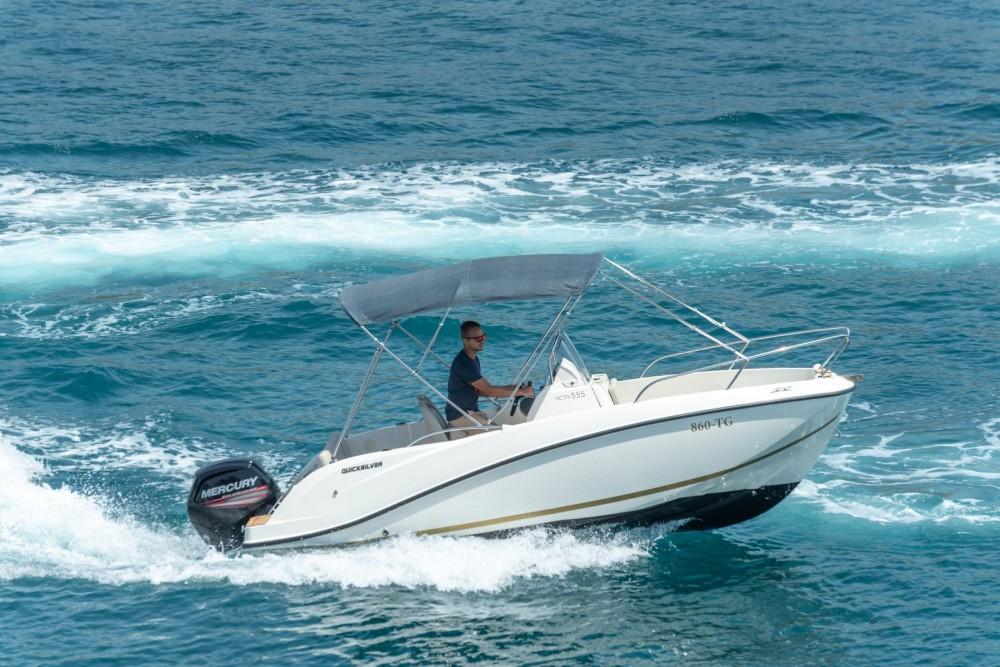 Verhuur Motorboot in Split - Quicksilver Activ 555 Open