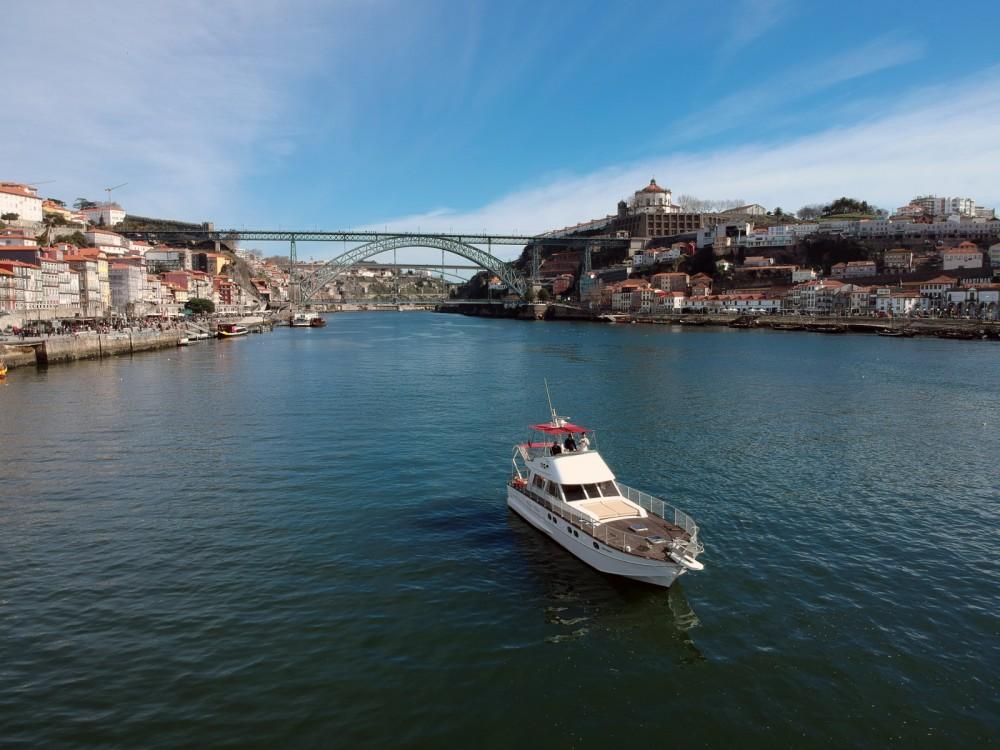 Bootverhuur aresa 15E in Porto via SamBoat
