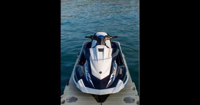 Verhuur Rubberboot Yamaha met vaarbewijs