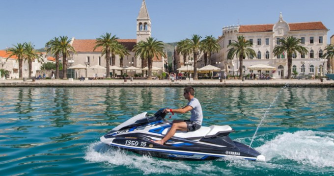 Jachthuur in Trogir - Yamaha VX DeLuxe via SamBoat