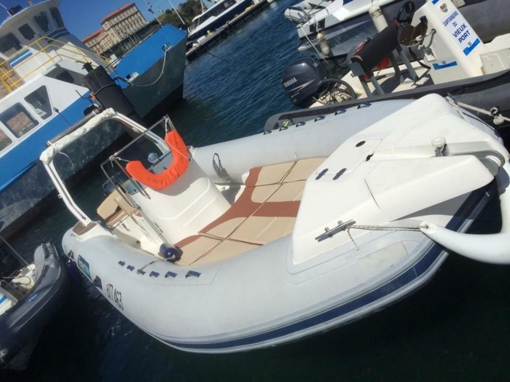 Bootverhuur Marseille goedkoop Tempest 770