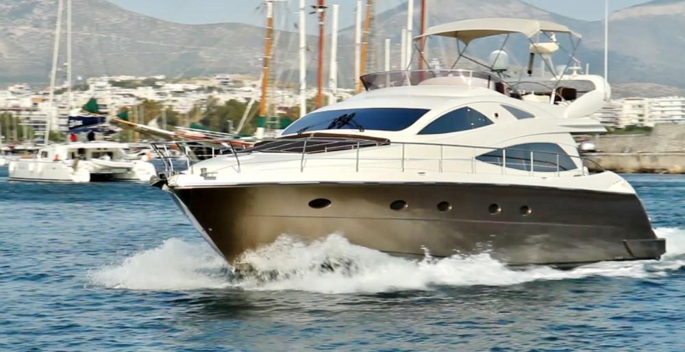 Motorboot te huur in Athene voor de beste prijs