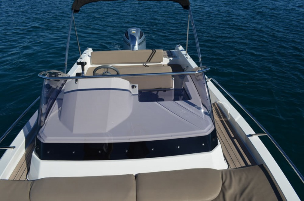 Verhuur Motorboot in Tribunj - Atlantic 730 Sun Cruiser