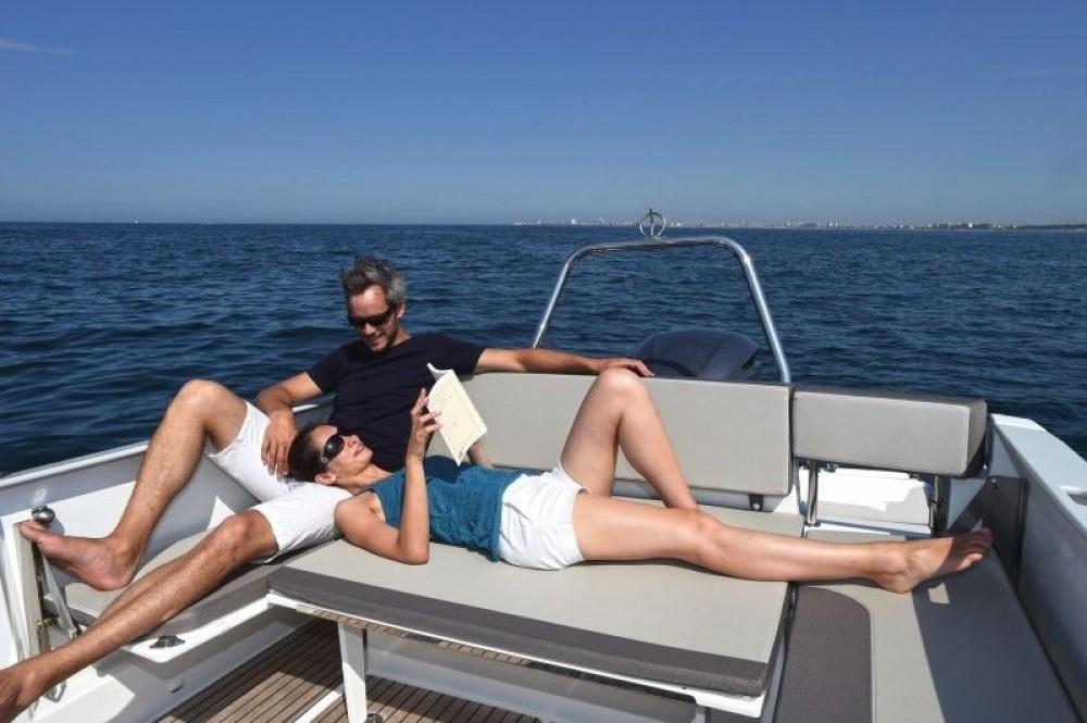 Verhuur Motorboot in Tribunj - Jeanneau Cap Camarat 7.5 WA Serie 2