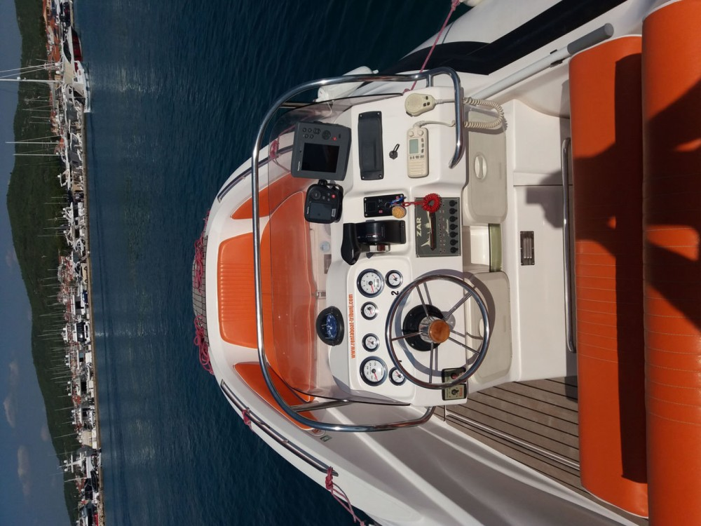 Verhuur Motorboot Zar Formenti met vaarbewijs