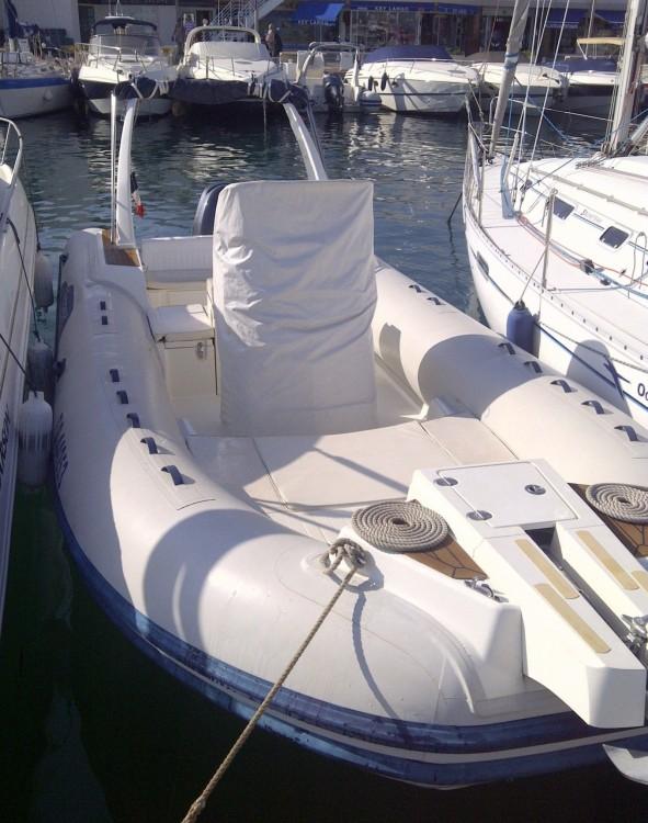 Bootverhuur Capelli Capelli 770 in Sainte-Maxime via SamBoat