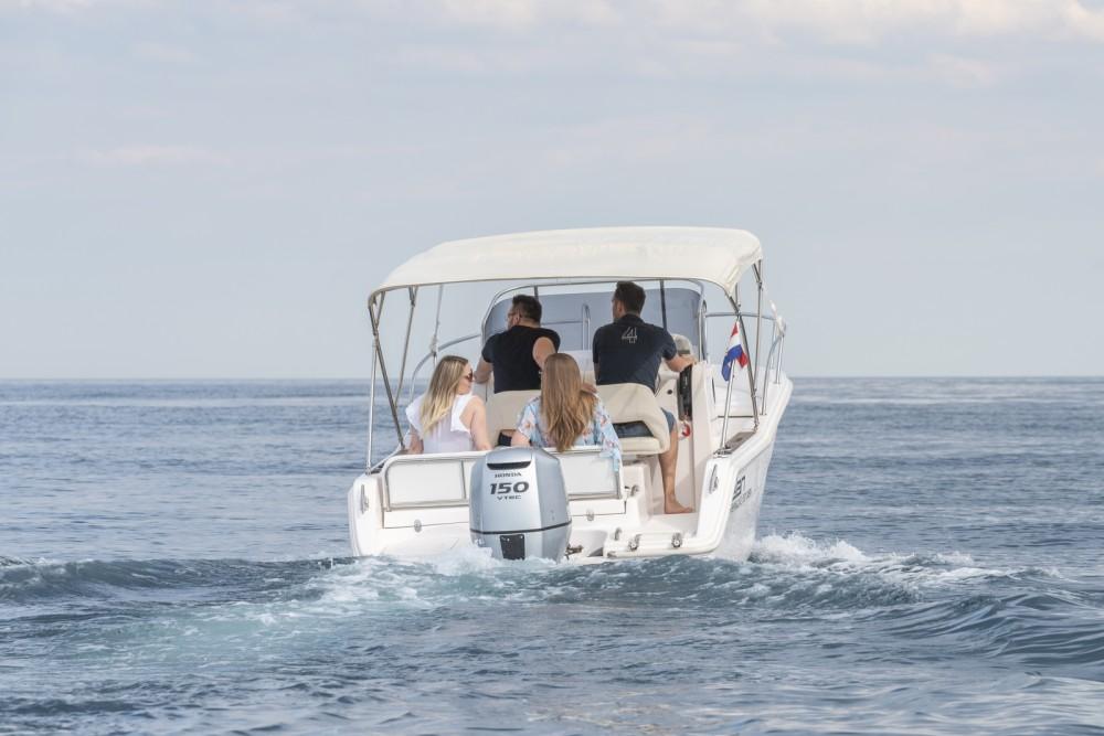 Bootverhuur Elan Fishing 650 Cabin  in Zadar via SamBoat