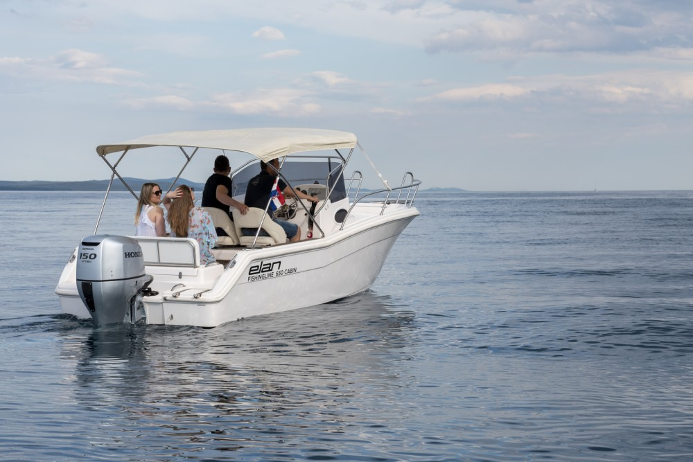 Huur een Elan Fishing 650 Cabin  in Zadar