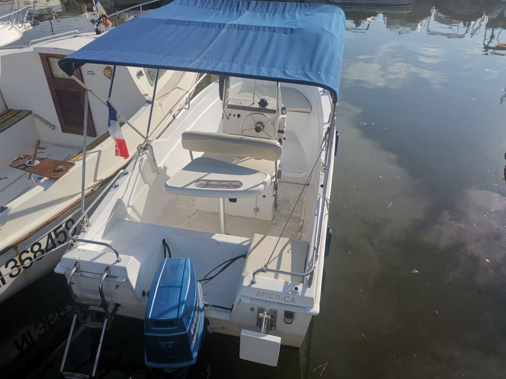 Verhuur Motorboot B2 Marine met vaarbewijs