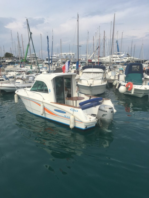 Verhuur Motorboot in Antibes - Bénéteau Antares 650
