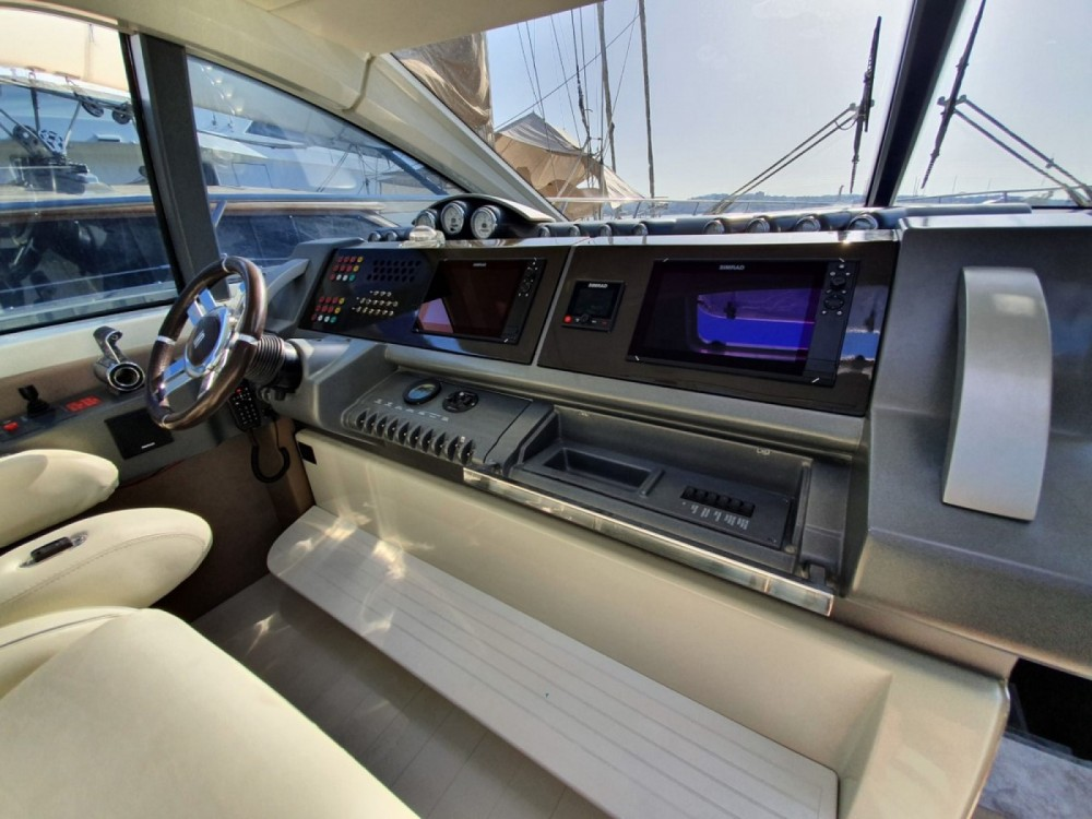 Jachthuur in Fréjus - Azimut 68S via SamBoat
