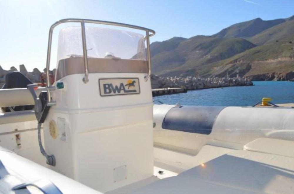 Huur Rubberboot met of zonder schipper Rib in Sfakia