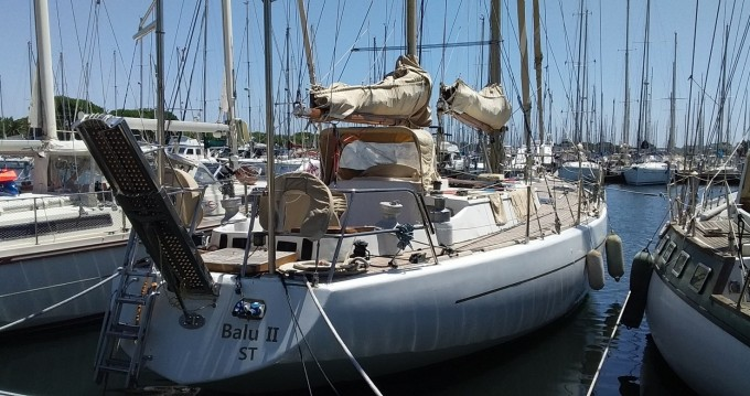 Bootverhuur Herbulot Beaufort 60 in Le Grau-du-Roi via SamBoat