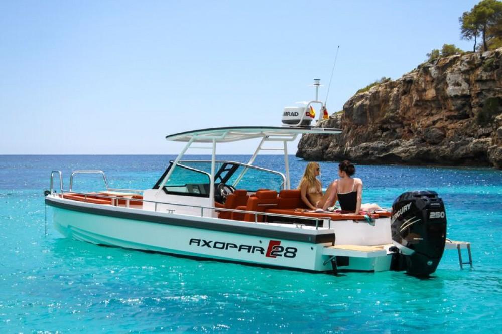 Huur Motorboot met of zonder schipper Axopar in Furnari