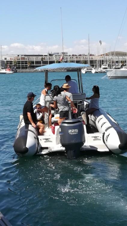 Huur een Rayglass Protector 8.5 Cabin in Alicante