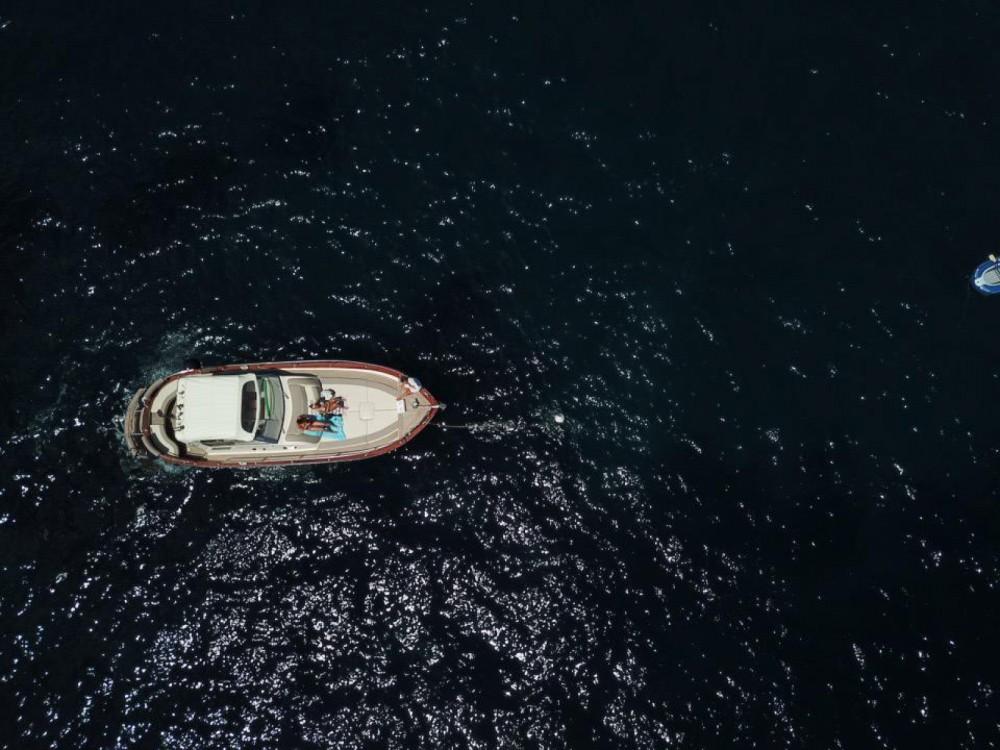 Bootverhuur Apreamare 30 in Positano via SamBoat