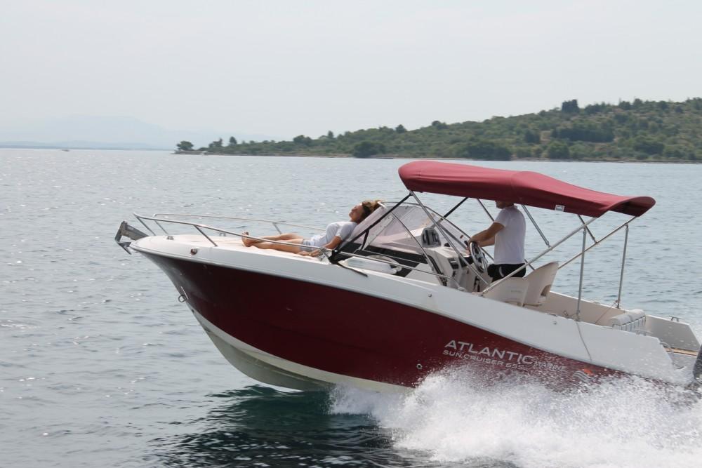 Bootverhuur Atlantic 655 WA in Vodice via SamBoat