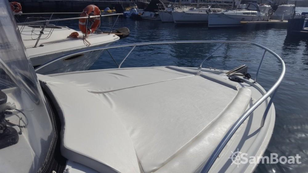 Verhuur Motorboot in  - Luhrs Tornament open 240