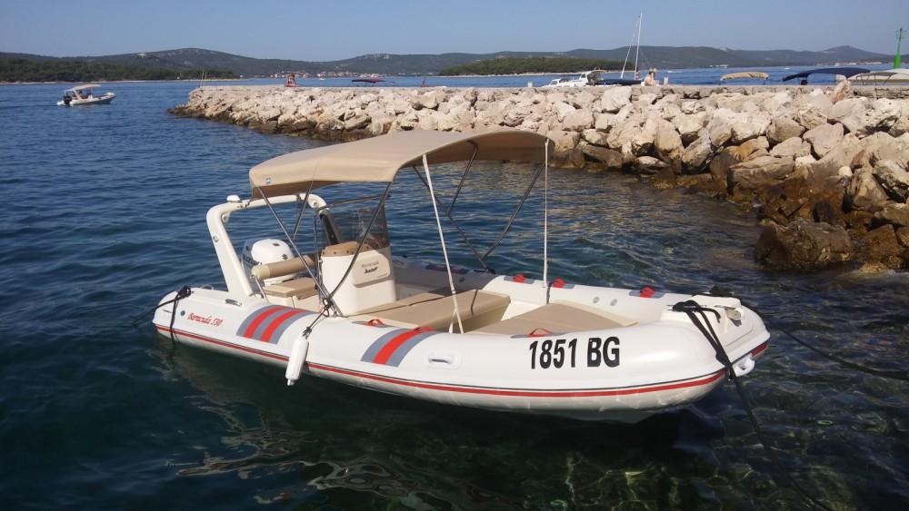 Huur Rubberboot met of zonder schipper Barracuda in Grad Biograd na Moru