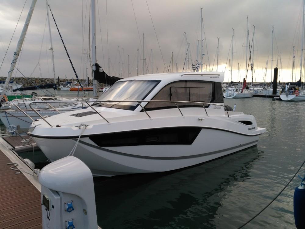 Huur Motorboot met of zonder schipper Quicksilver in Roscoff