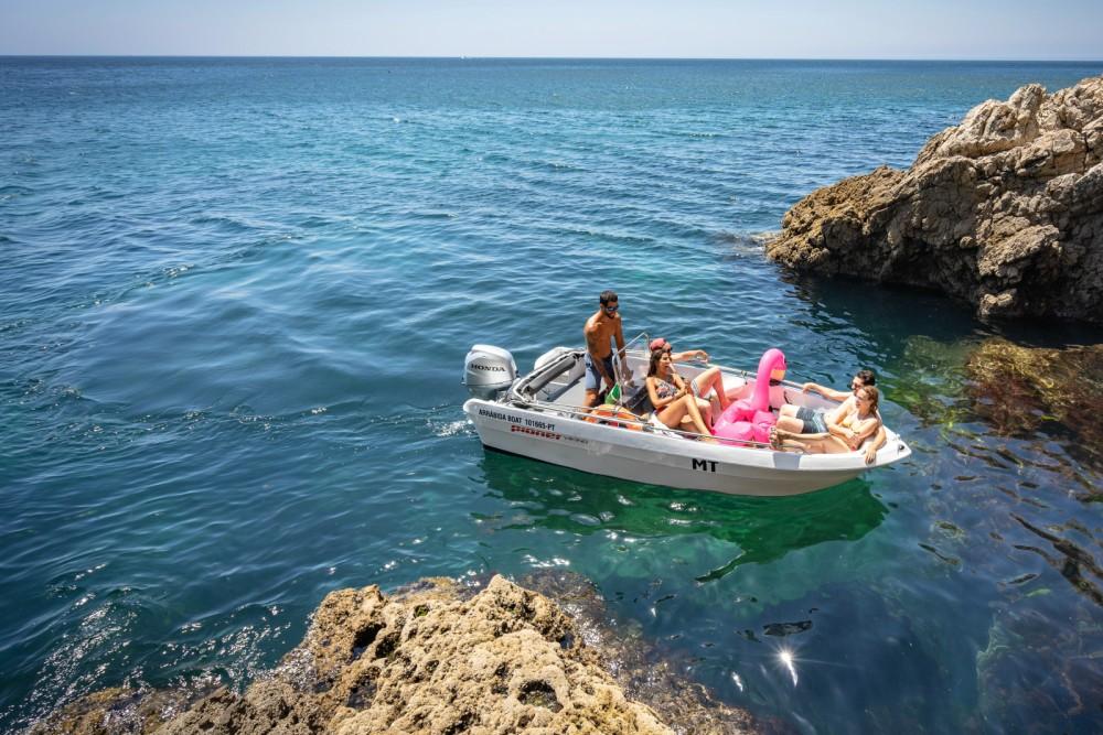 Huur Motorboot met of zonder schipper Pioner Maxi in Lissabon