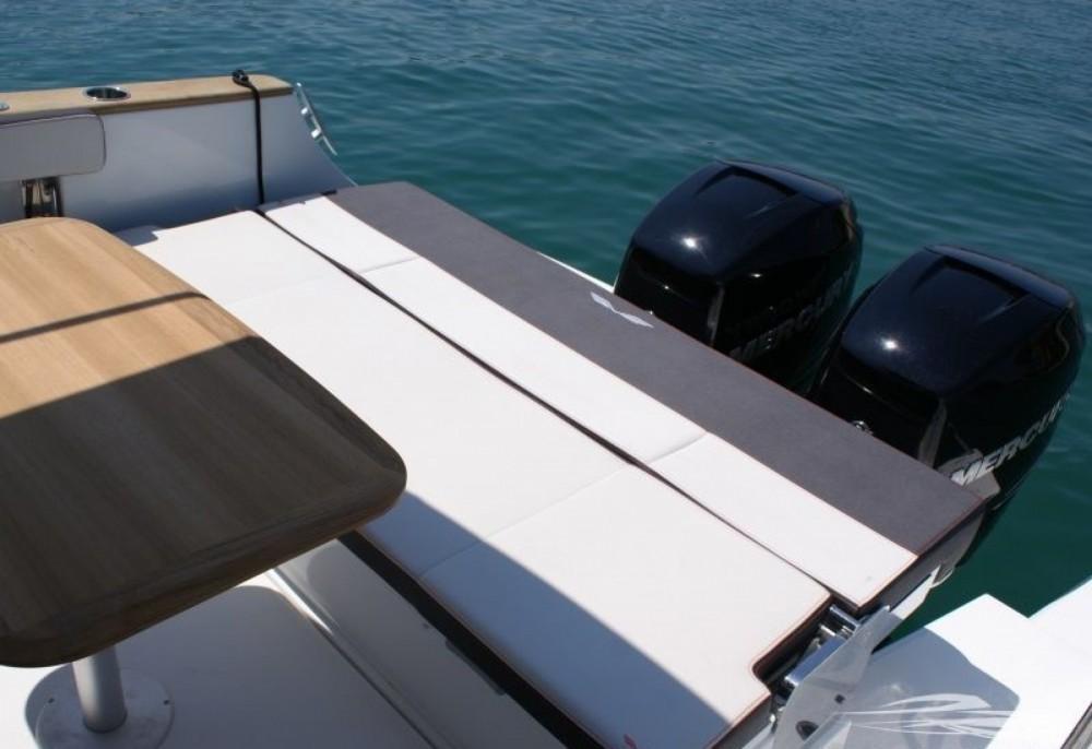 Verhuur Motorboot in Trogir - Bénéteau Flyer 8.8 SPACEdeck