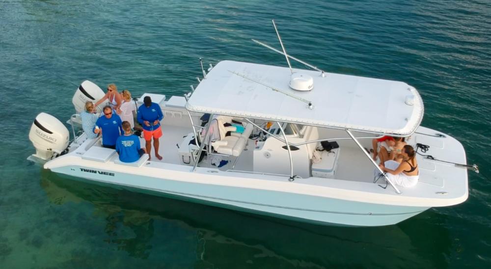 Motorboot te huur in George Town voor de beste prijs
