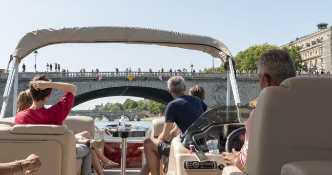 Jachthuur in Paris - Suntracker Party Barge 24 via SamBoat
