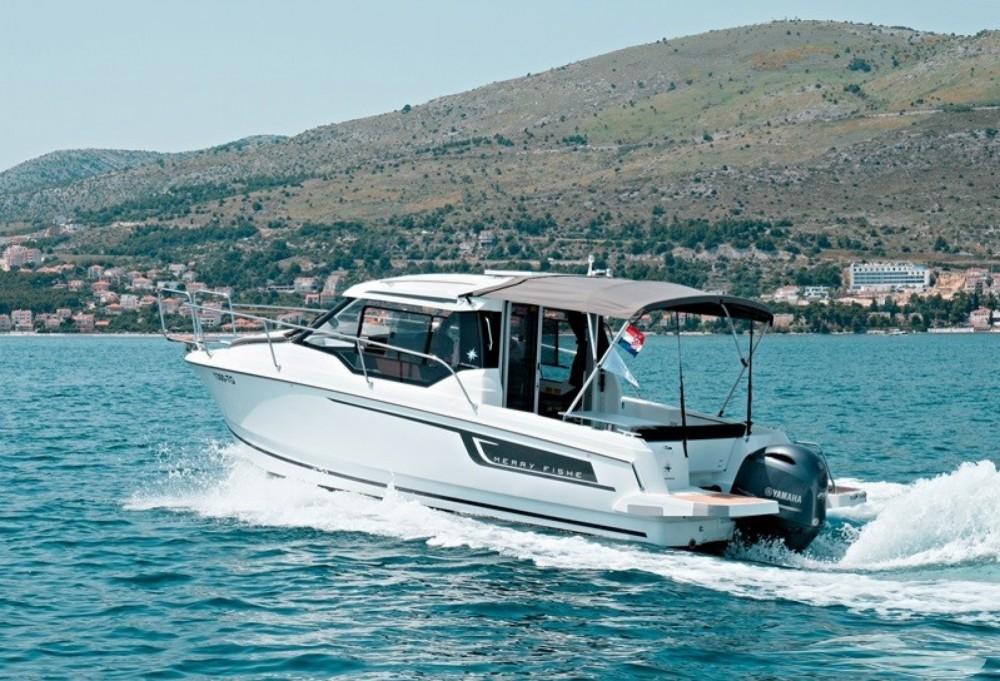 Bootverhuur Jeanneau Merry Fisher 795 in Trogir via SamBoat