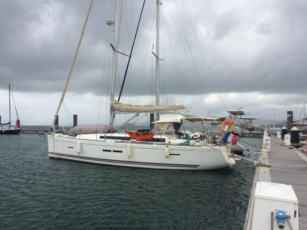 Huur een Dufour 405 GL in Le Marin
