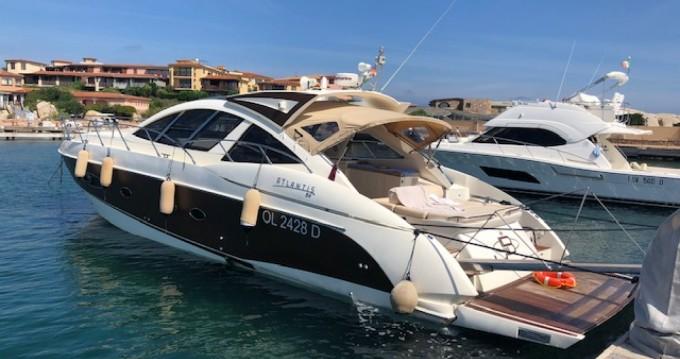 Huur Motorboot met of zonder schipper Azimut in Poltu Quatu