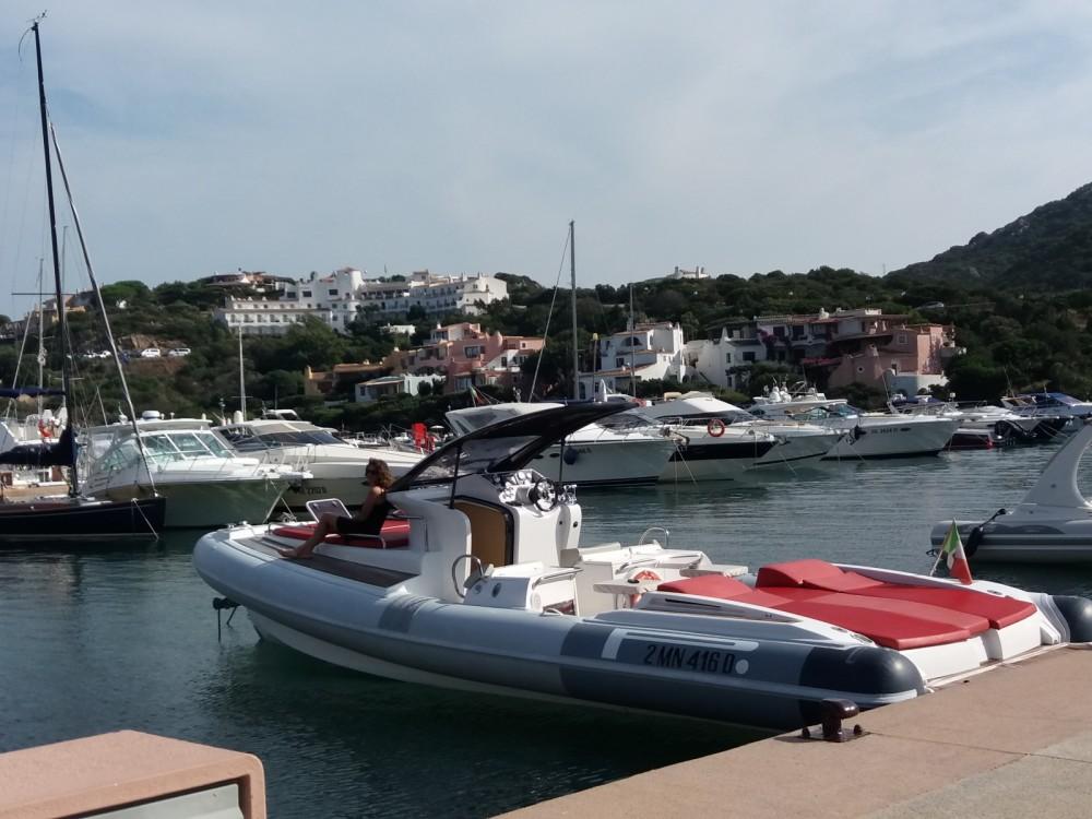Pirelli P1100 cabin te huur van particulier of professional in Porto Rotondo
