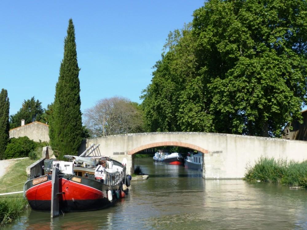 Bootverhuur Peniche canal du midi in Carcassonne via SamBoat