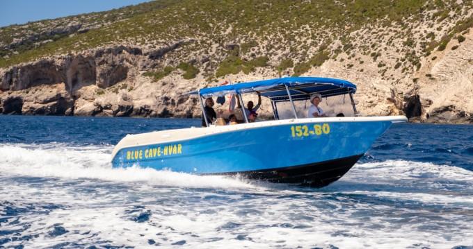 Enzo 35 te huur van particulier of professional in Split