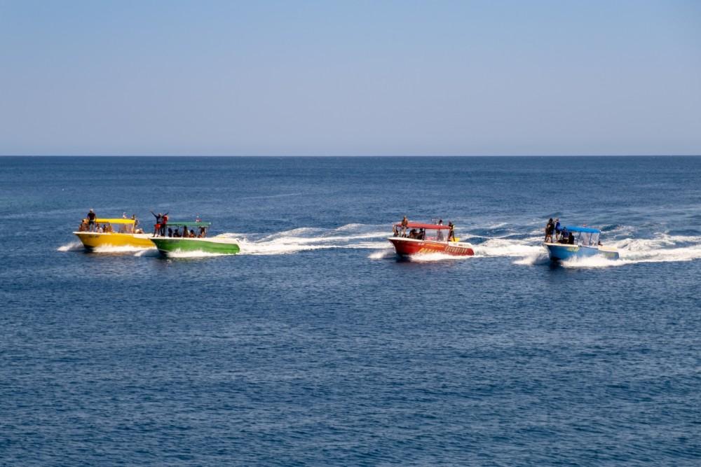 Motorboot te huur in Bol voor de beste prijs