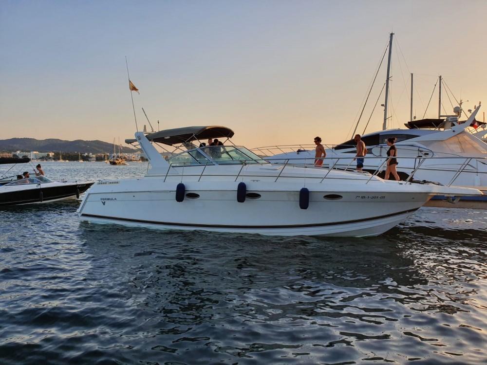 Huur Motorboot met of zonder schipper Formula in Sant Antoni de Portmany