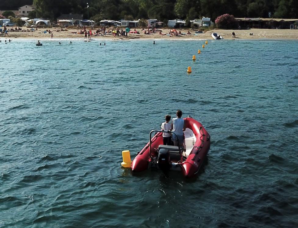 Jachthuur in Grimaud - Zodiac Pro 500 via SamBoat