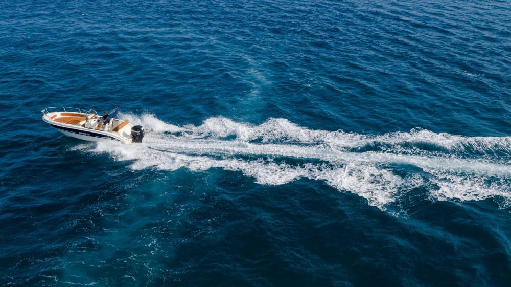 Jachthuur in Trogir - Mingolla Brava 22 via SamBoat
