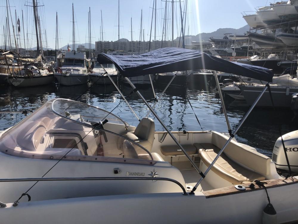 Jeanneau Cap Camarat 7.5 WA te huur van particulier of professional in Marseille