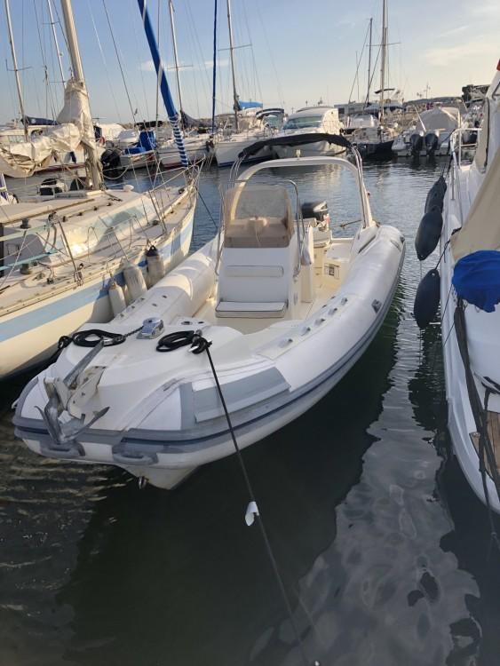 Verhuur Rubberboot Silver met vaarbewijs