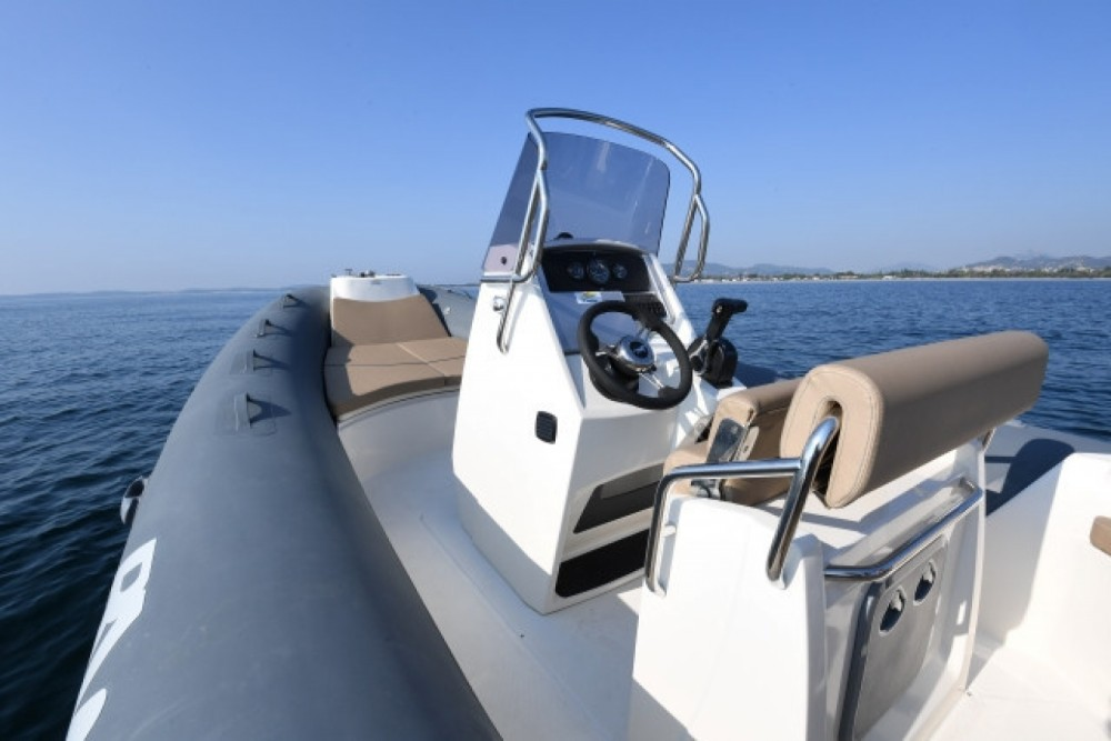 Verhuur Rubberboot in La Trinité-sur-Mer - Bwa Sport 22 GTO