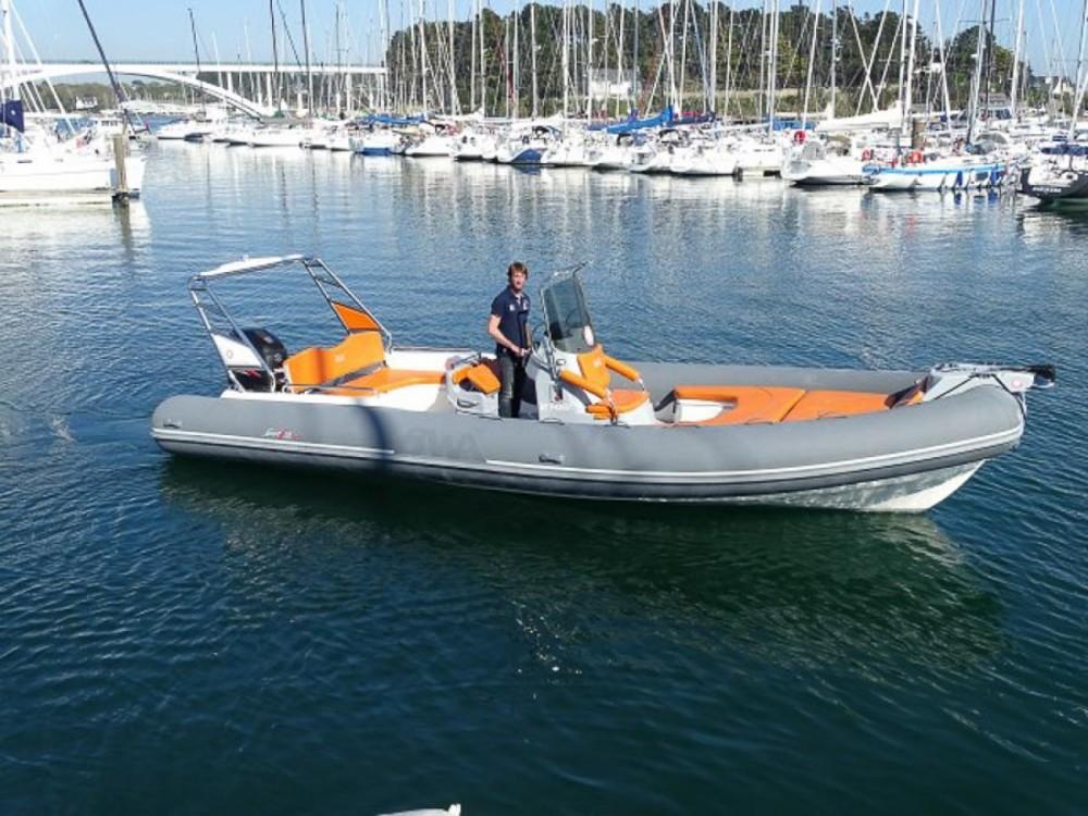 Rubberboot te huur in La Trinité-sur-Mer voor de beste prijs