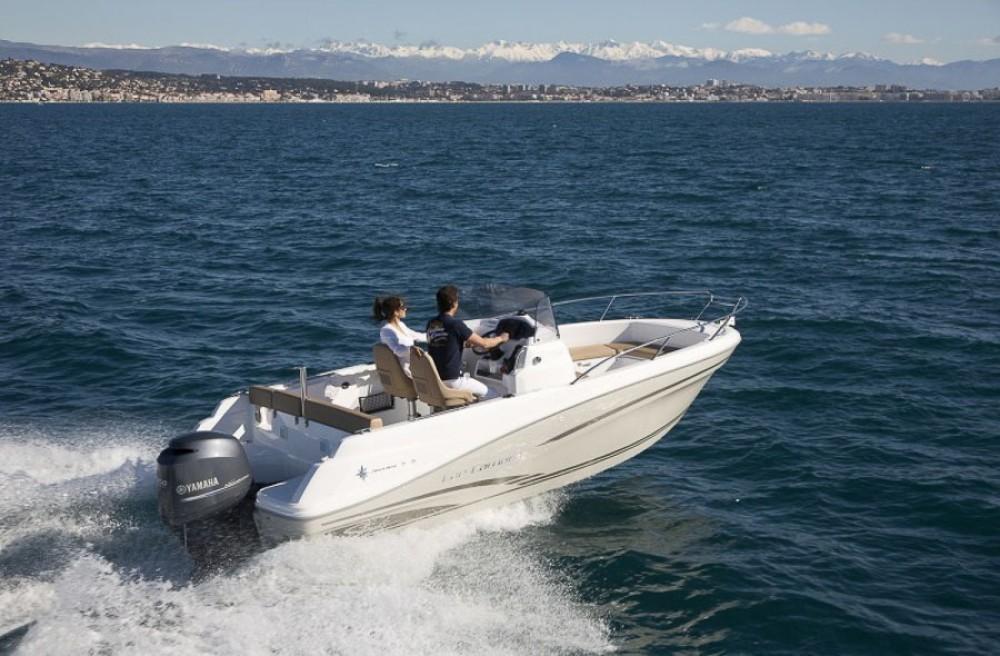 Verhuur Motorboot in La Trinité-sur-Mer - Jeanneau Cap Camarat 6,5