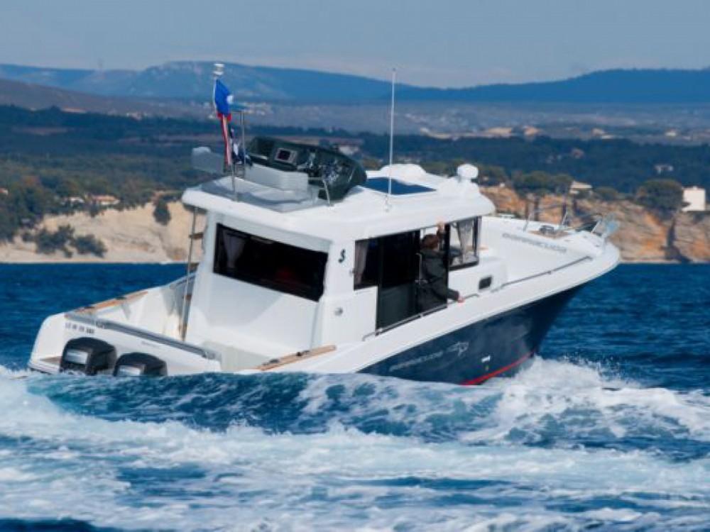 Huur een Bénéteau Barracuda 9 in La Trinité-sur-Mer