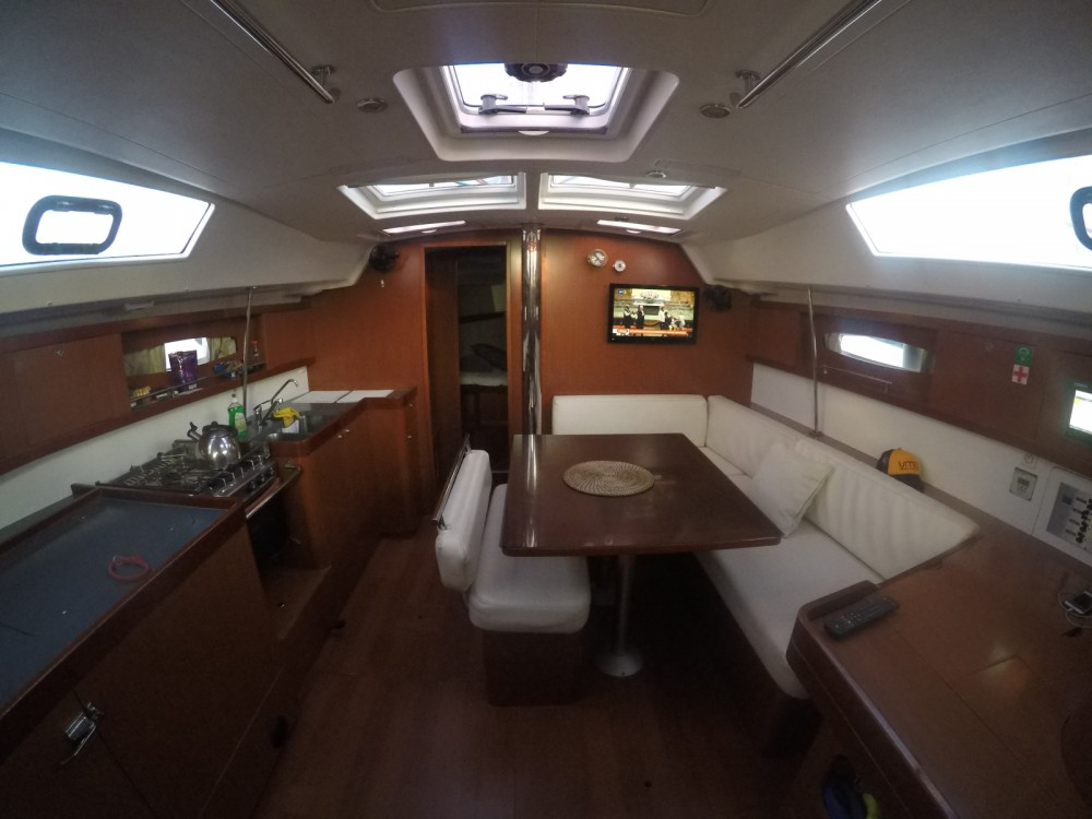 Verhuur Zeilboot in Lávrio - Bénéteau Oceanis 46